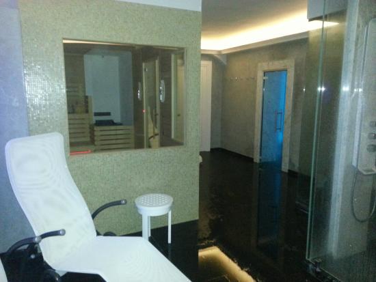 Spa - Sauna e Bagno Turco - Picture of Altarocca Wine Resort ...