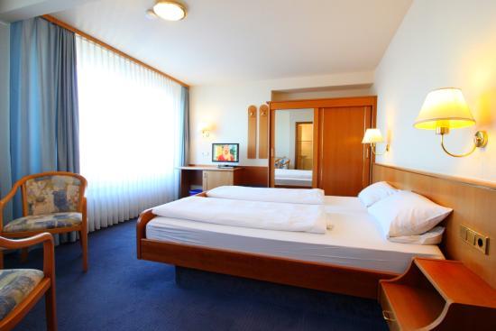 Hotel Garni Eden: Hotel Eden Zimmer
