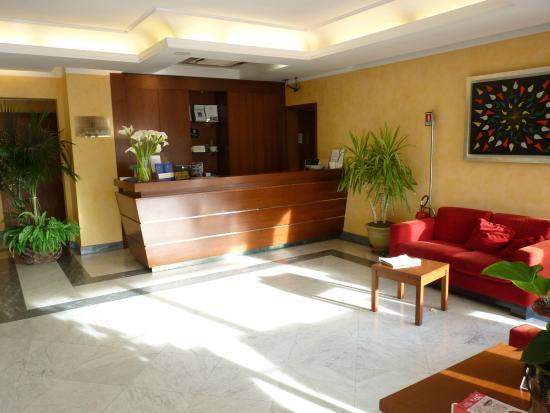 Santa Caterina Park Hotel - Sarzana: Réception