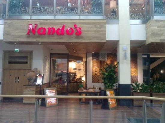 Nando's: Exterior