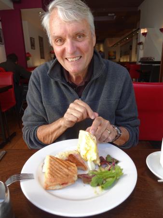 Sheries Cafe Bar: Hubby's breakfast sandwich.