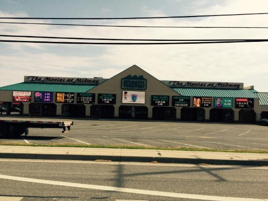 Dewey Beach, DE: Movies at midway rehoboth