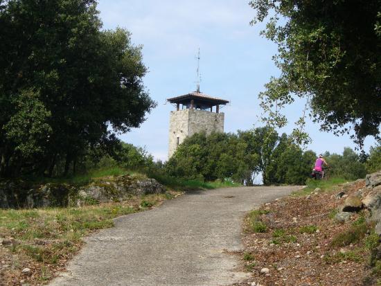Joyeuse, France: La grimpette de la tour dde Brison
