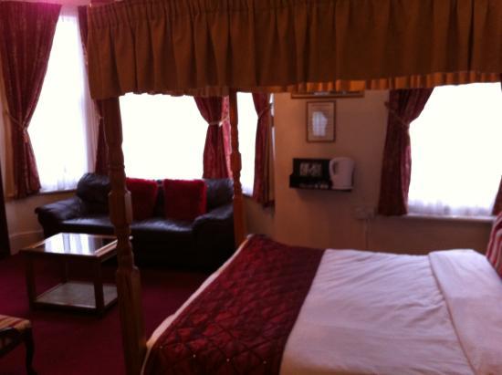Ilfracombe House Hotel: bedroom