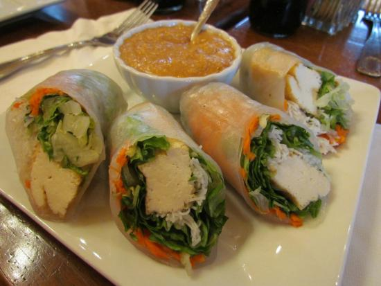 Anong Thai Cuisine: Thai spring rolls