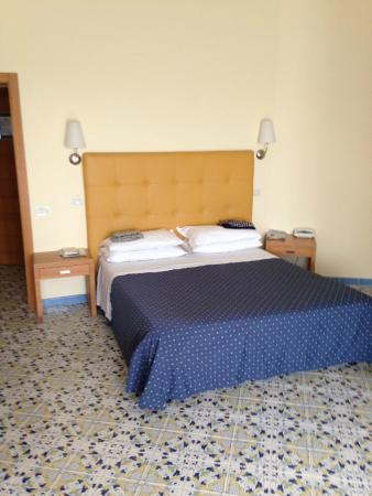 Grand Hotel : Chambre à coucher confortable