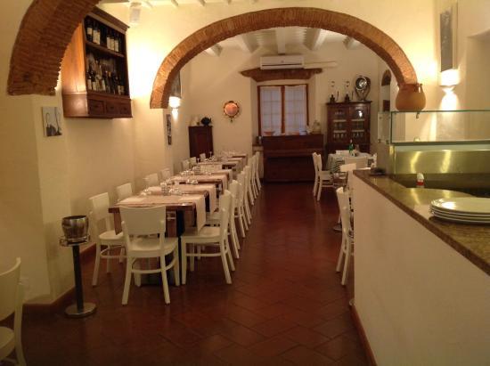 Interno - Picture of Ristorante e Pizza La Vecchia Marina ...