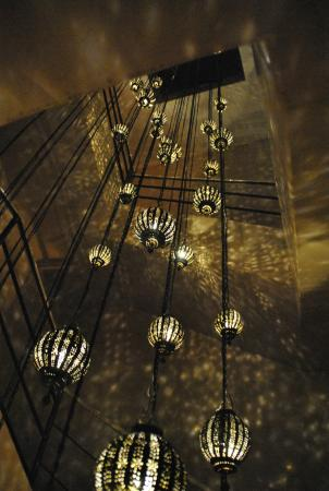 Riad Abracadabra: La iluminación de la escalera