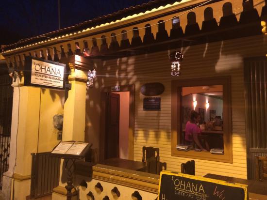 Ohana Cafe: 'Ohana entry ...