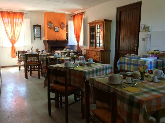 Agriturismo Santa Lucia : La sala comune Arancio...