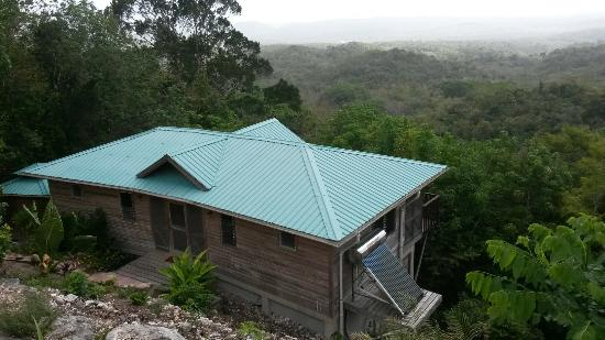 Georgeville, Belice: Falcon Hill Lodge