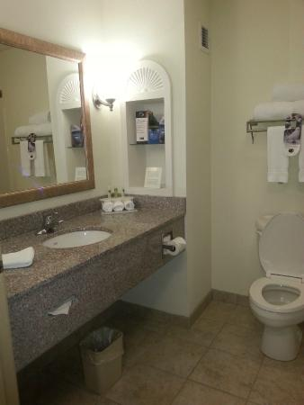 Bathroom Picture Of Holiday Inn Express Hotel Suites Gadsden Gadsden Tripadvisor