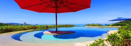 Pacific Club Resort: The Perfect spot to ponder the wonders of the world with a 360 degree view of beach and mountain