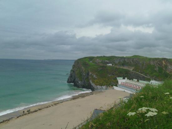Travelodge Newquay Seafront Hotel: Wonderful beaches many access close by.