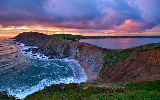 Point Reyes Seashore Lodge: Explore the beautiful Point Reyes National Seashore