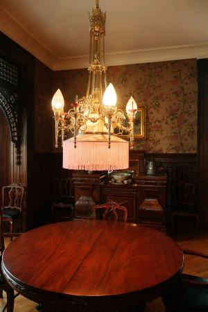 Howard Steamboat Museum & Mansion: Wonderful woodwork and craftsmanship