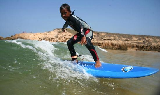 Nemo's Surf School: Kid Surfer