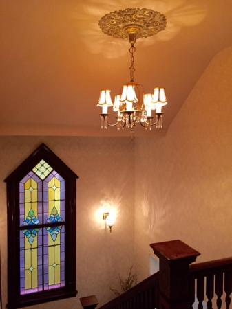 J. Palen House Bed & Breakfast: Beautiful stain glass