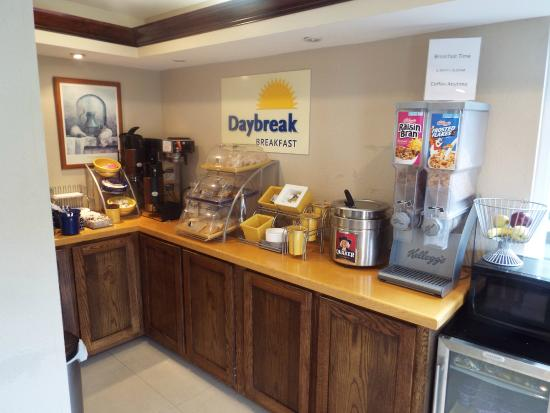 Days Inn Dahlonega: breakfast