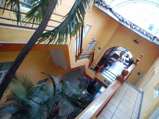 Hotel Roma : por dentro