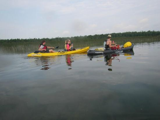 Gravity Trails: Calm paddling!