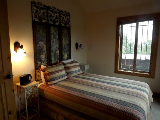 Stone Canyon Inn: Jeri's room.