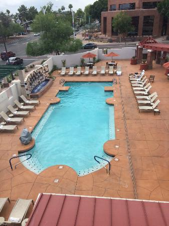 Elegant Hilton Garden Inn Scottsdale Old Town: Pool