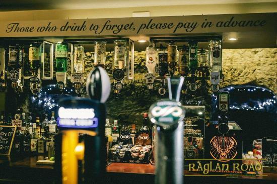 Raglan Road Irish Bar