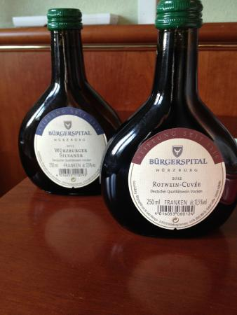 Buergerspital zum Heiligen Geist - Weingut : Vinhos em garrafa tipica (0,250 L)