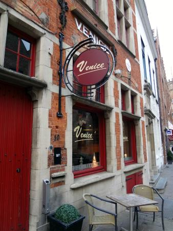 Venice: Um restaurante simpático e com preço justo!