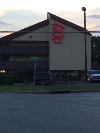 Red Roof PLUS+ Nashville Airport: photo0.jpg