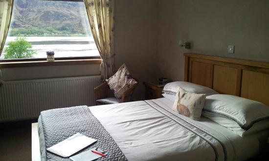 Ardlinnhe Guest House : Room with lake view