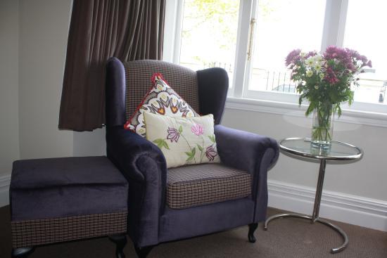 Red Monkey Ponsonby Manor: Sitting area in Ponsonby Suite