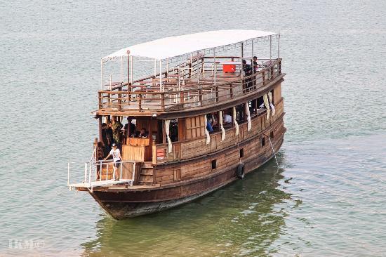 Cambo Cruise
