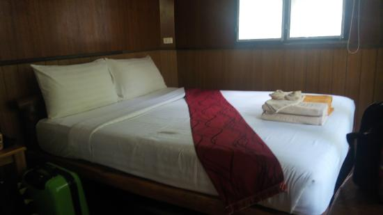 Montalay Beach Resort: our room