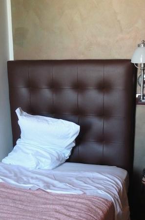 Hotel Villa Archirafi: letto