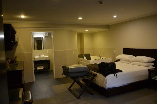 Aotea Motor Lodge : Daaa room again!
