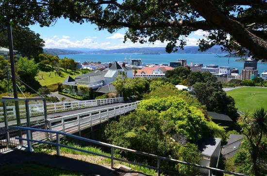 Rydges Wellington: The tram track going to the top of the hill in Wellington-Boot City
