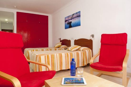 Hotel Faycan : Habitación