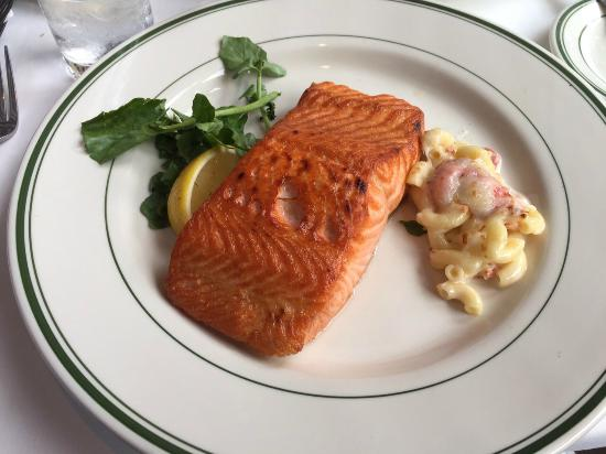 Wolfgang's Steakhouse: Salmon