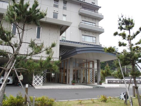Izu Matsuzakiso : 松崎荘の玄関です