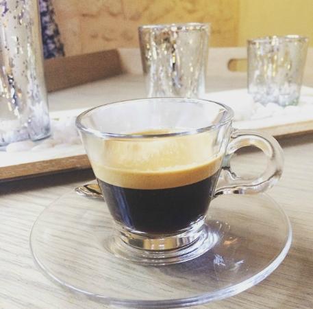 Pepi Studios: Complimentary Nespresso in the Junior Suite