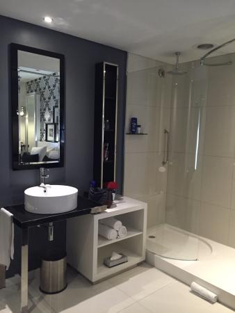 Protea Hotel Fire & Ice! by Marriott Johannesburg Melrose Arch : Bathroom