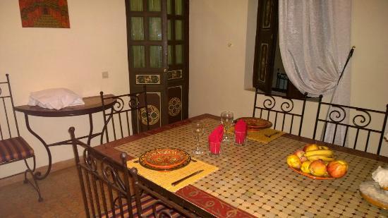 Riad Bamaga Hotel: Salle