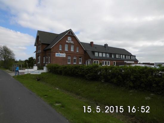 Hotel Norden Norddeich: Hotelansicht von der Straße