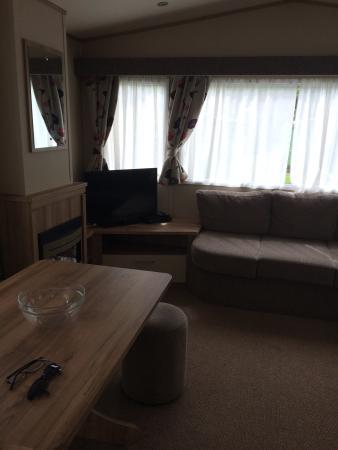 Parkdean - Torquay Holiday Park: 2 bed 2014 model caravan - very nice