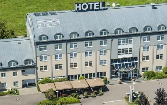 Sachsenpark-Hotel: Aussenansicht