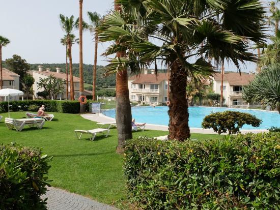 Piscina picture of aparthotel hg jardin de menorca son for Aparthotel jardin de menorca