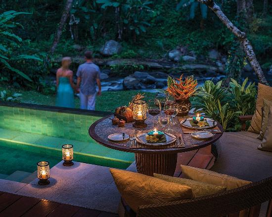 Four Seasons Resort Bali at Sayan: Romantic Dinner in Villa