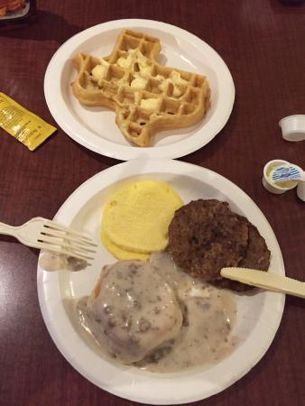 BEST WESTERN Ingram Park Inn: Some pretty tasty breakfast!